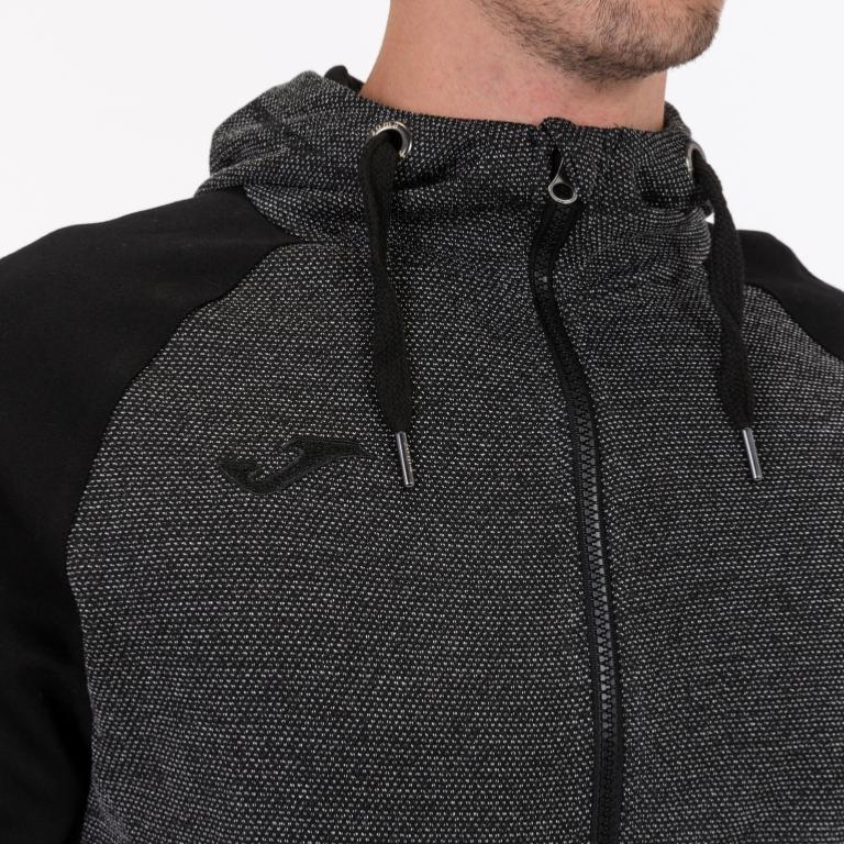 chaqueta joma negro gris